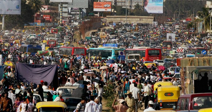 Crazy snarl of traffic in India